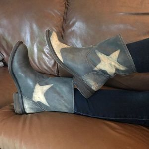 Lucky Brand Distressed Star Nitroh Boot